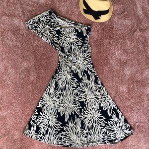 Arden B navy floral asymmetric shoulder dress S